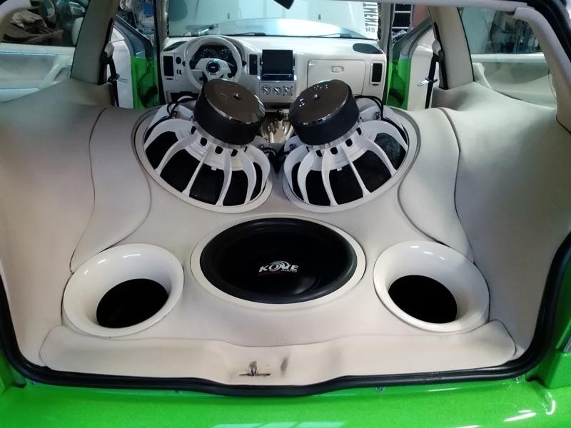 Spiksplinternieuw Lammers Audio, breng uw car audio naar een hoger niveau UF-54